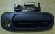 HANDLE PINTU DEPAN BAGIAN LUAR SEBELAH KANAN TOYOTA ALL NEW COROLLA 1,6 TAHUN 1996-1997