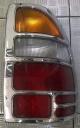 LAMPU BELAKANG ISUZU PANTHER KAPSUL 2,5 TAHUN 2000-2002, SEBELAH KANAN ORIGINAL
